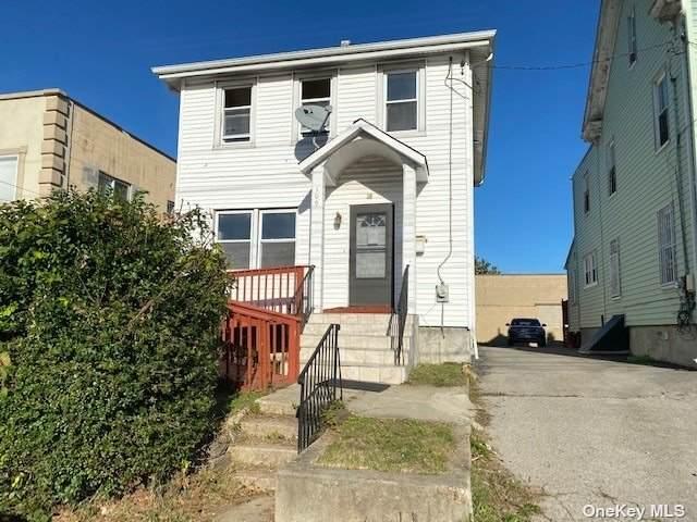 109 Miller Place, Mount Vernon, NY 10550 (MLS #3352764) :: Barbara Carter Team