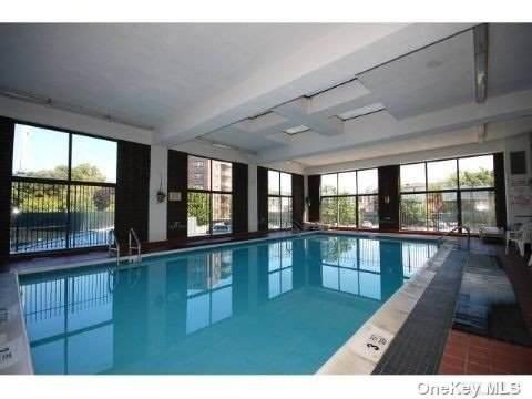 25-40 Shore Boulevard 19 D, Long Island City, NY 11102 (MLS #3352782) :: Kendall Group Real Estate   Keller Williams