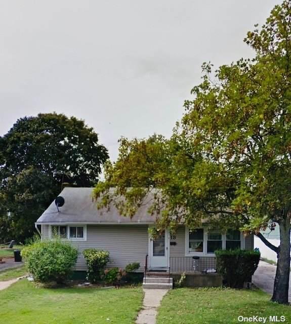 13 Silverpine Drive, Amityville, NY 11701 (MLS #3353005) :: Carollo Real Estate