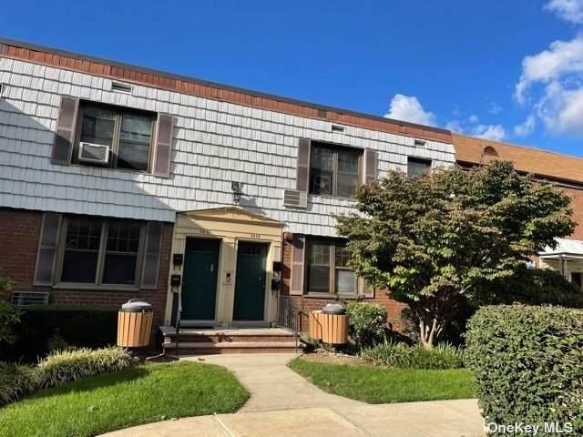69-63 E Park Dr B, Kew Garden Hills, NY 11367 (MLS #3353378) :: Cronin & Company Real Estate