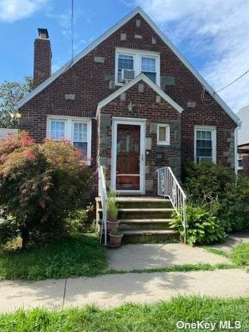 117-20 8th Avenue, College Point, NY 11356 (MLS #3353380) :: RE/MAX RoNIN