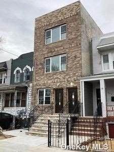 164-15 104th Road, Jamaica, NY 11433 (MLS #3353503) :: The SMP Team