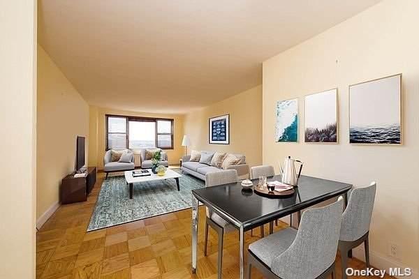 70-25 Yellowstone Boulevard 20-O, Forest Hills, NY 11375 (MLS #3353619) :: Cronin & Company Real Estate
