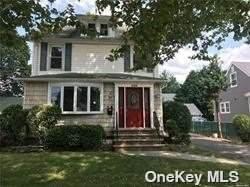 256 Denton Avenue, Lynbrook, NY 11563 (MLS #3354252) :: RE/MAX Edge