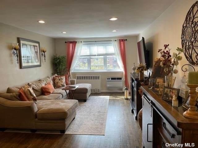151-25 88th Street 6L, Howard Beach, NY 11414 (MLS #3354777) :: Goldstar Premier Properties