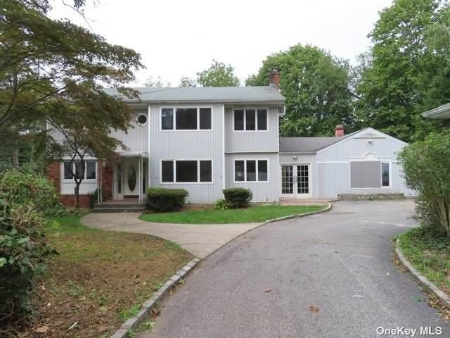 33 Stillwell Street, Huntington, NY 11743 (MLS #3354798) :: Carollo Real Estate