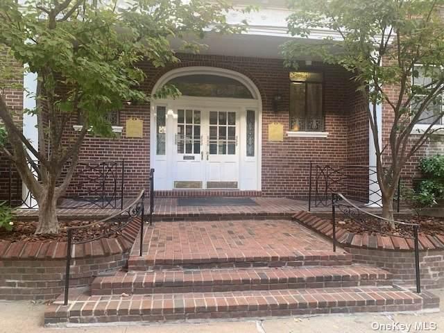65-41 Booth Street 5J, Rego Park, NY 11374 (MLS #3354941) :: Mark Seiden Real Estate Team