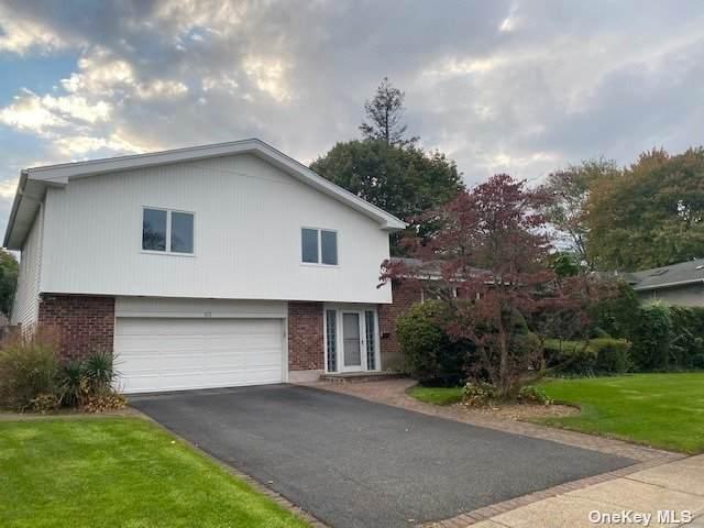 63 Flower Lane, Jericho, NY 11753 (MLS #3354982) :: Cronin & Company Real Estate
