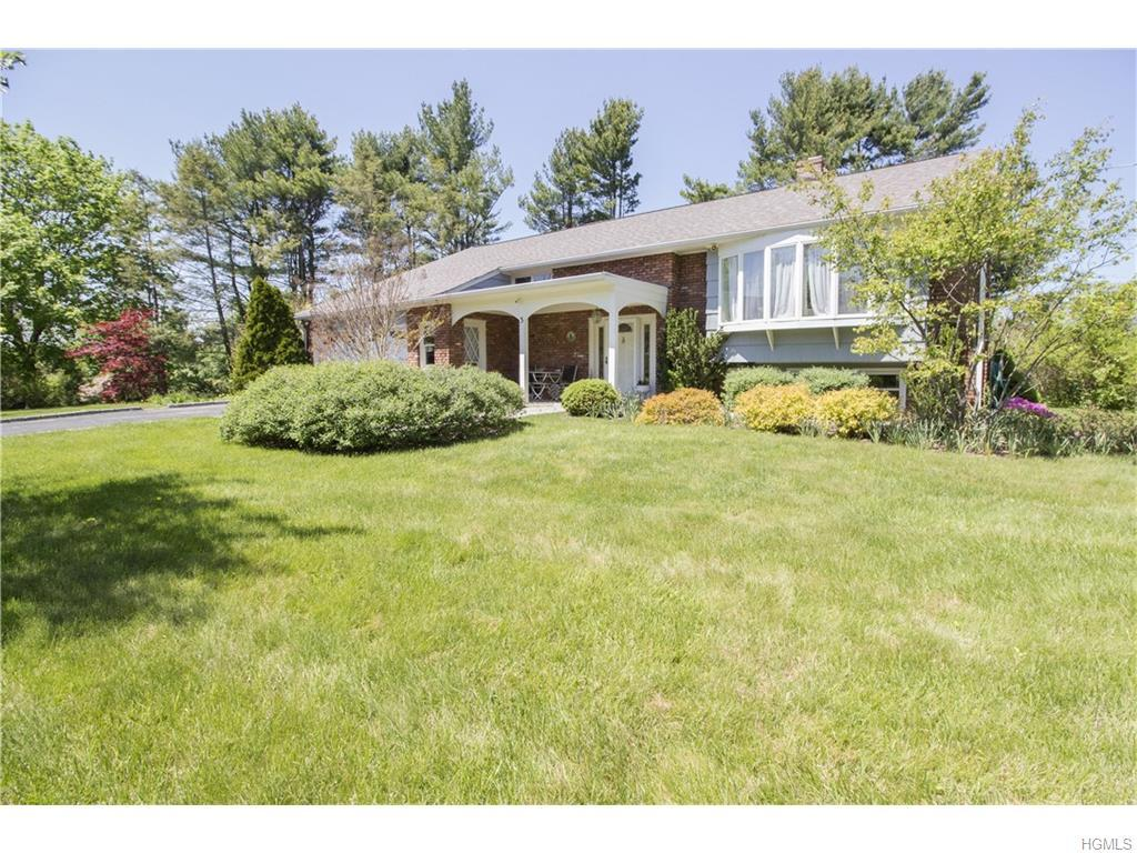 3 Fairlawn Parkway, Rye Brook, NY 10573 (MLS #4616276) :: William Raveis Legends Realty Group