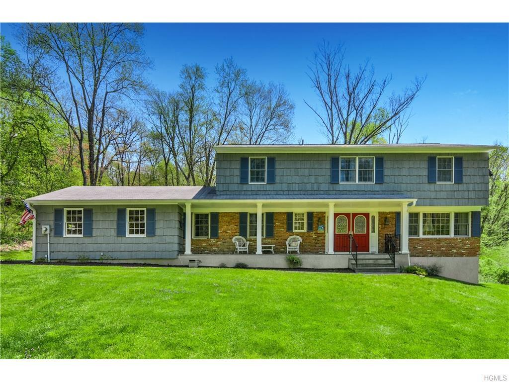 537 Revere Drive, Yorktown Heights, NY 10598 (MLS #4619412) :: William Raveis Legends Realty Group