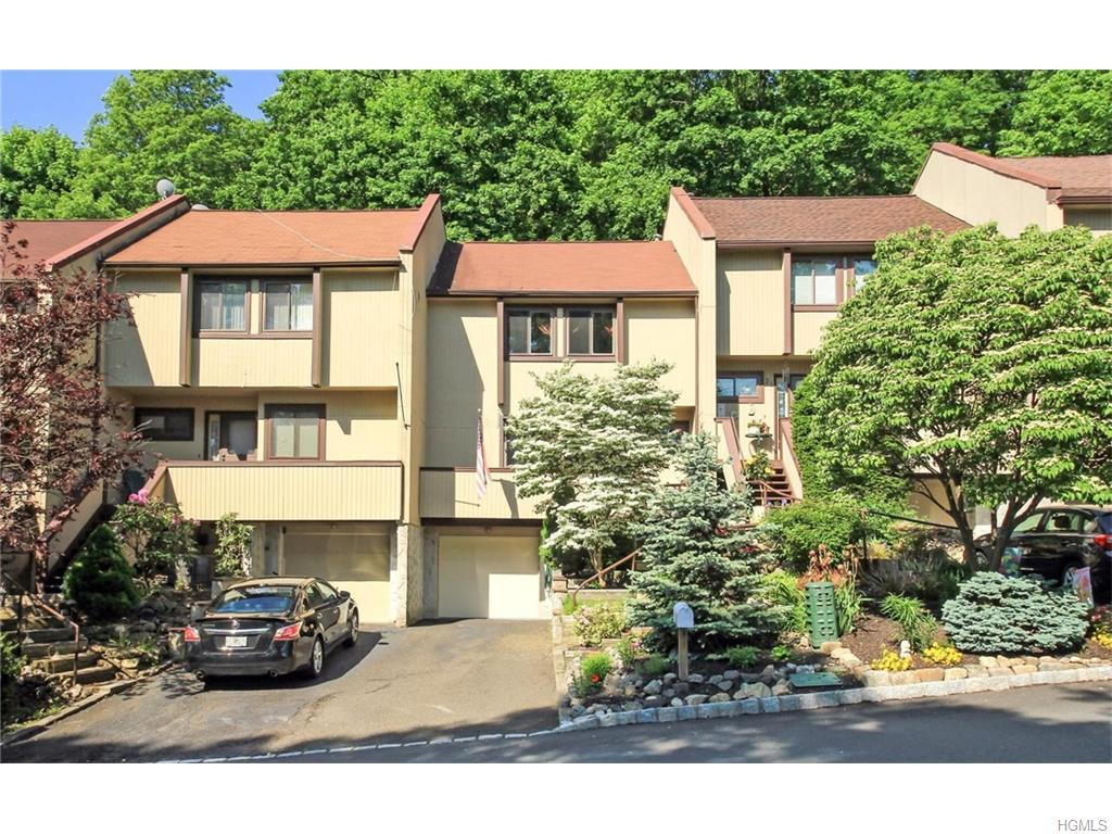 19 Rockledge Drive, Suffern, NY 10901 (MLS #4623086) :: William Raveis Legends Realty Group