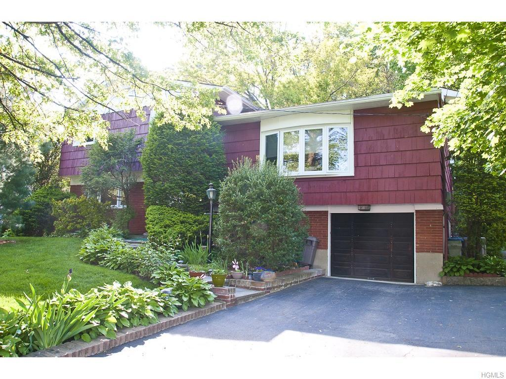 63 Maria Lane, Yonkers, NY 10710 (MLS #4625579) :: William Raveis Legends Realty Group