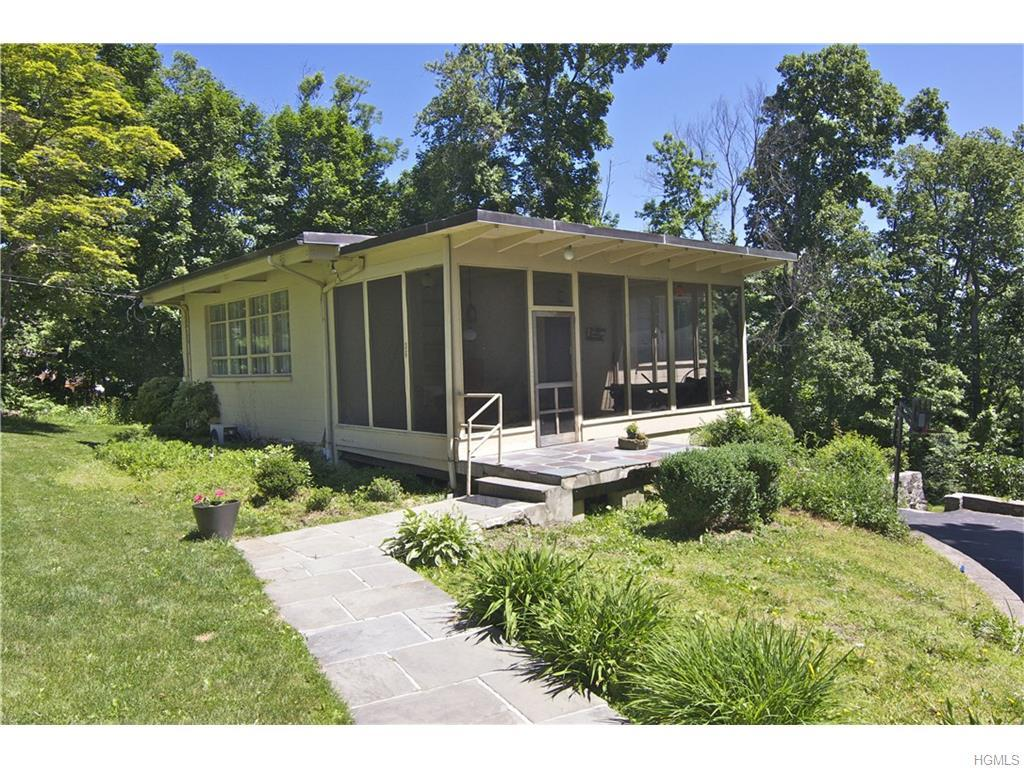 36 Overlook Road, Ossining, NY 10562 (MLS #4629161) :: William Raveis Legends Realty Group
