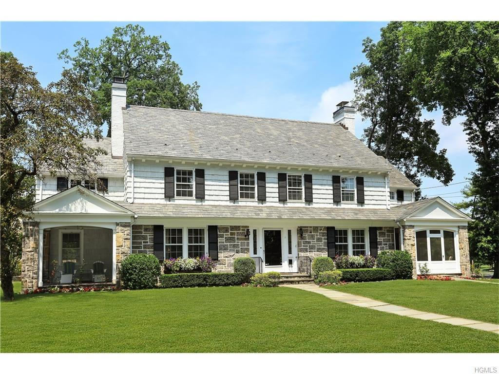 17 Harcourt Road, Scarsdale, NY 10583 (MLS #4631117) :: William Raveis Legends Realty Group