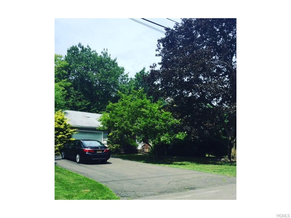 11 Carlton Lane, Monsey, NY 10952 (MLS #4633000) :: William Raveis Legends Realty Group