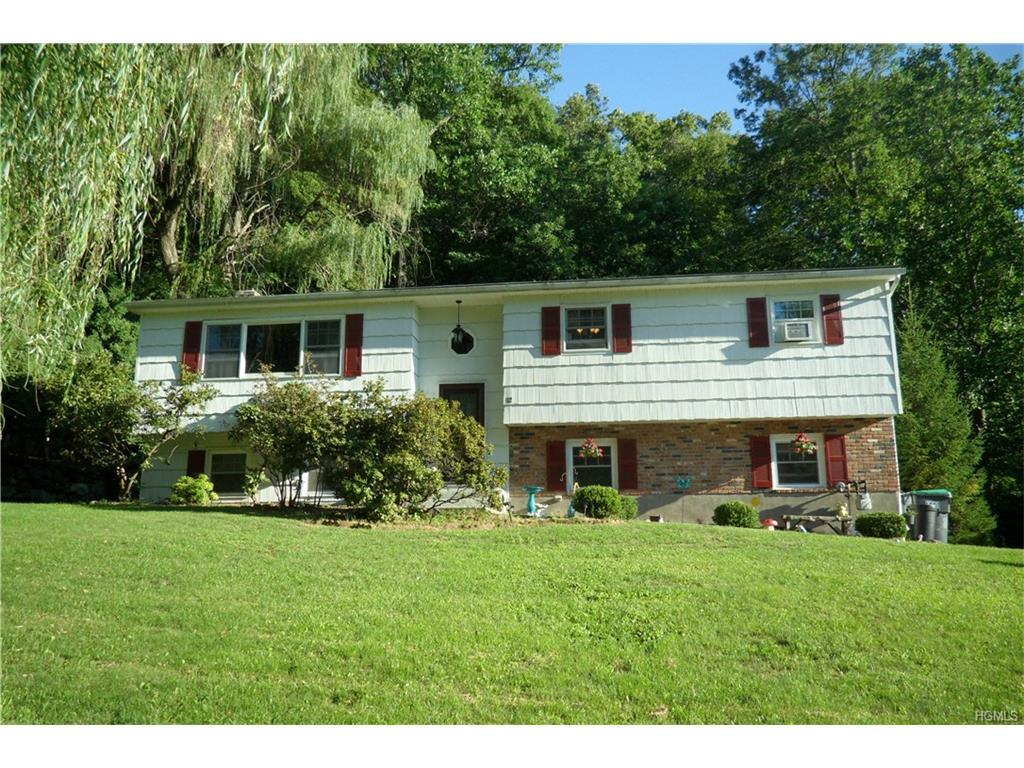 12 Pennsylvania Avenue, Monroe, NY 10950 (MLS #4635890) :: William Raveis Legends Realty Group