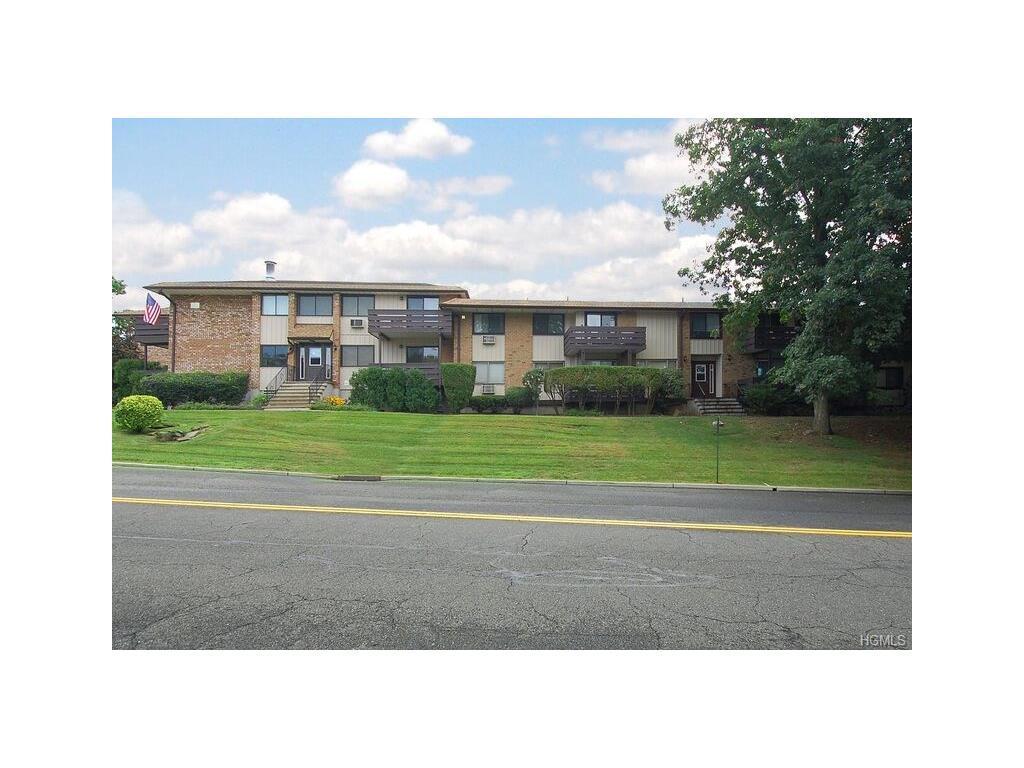 185 Sierra Vista Lane, Valley Cottage, NY 10989 (MLS #4637182) :: William Raveis Legends Realty Group