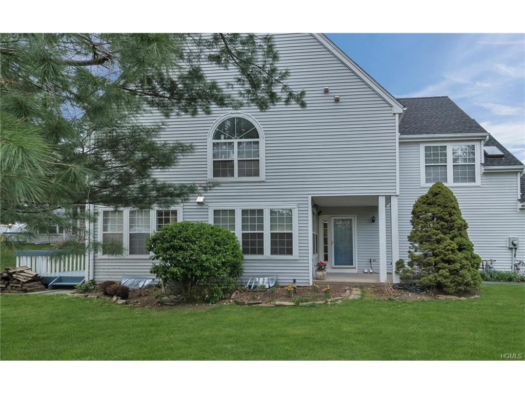 3A Olde Willow Way, Briarcliff Manor, NY 10510 (MLS #4716538) :: William Raveis Legends Realty Group