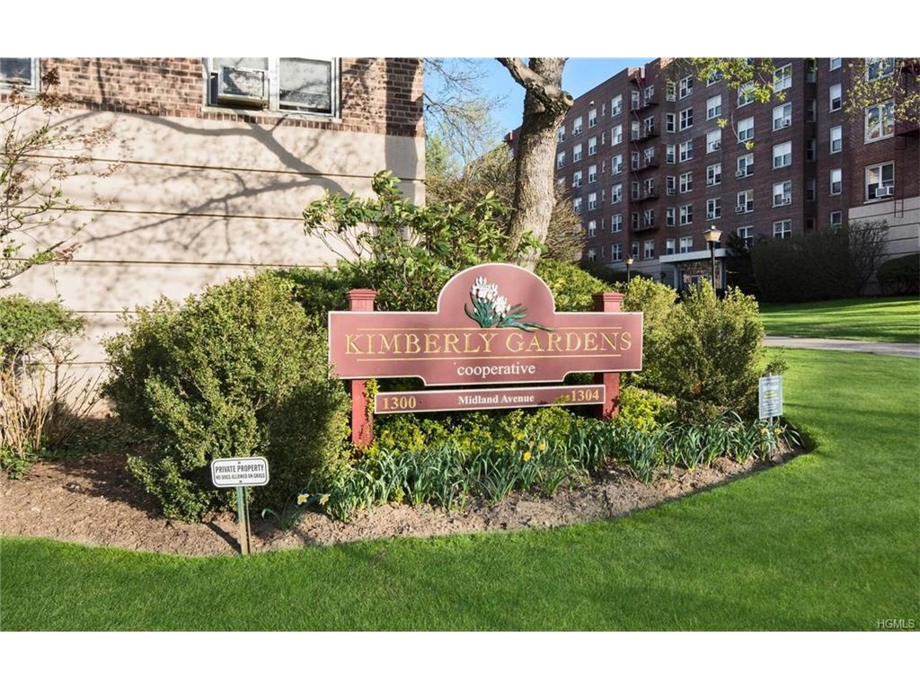 1300 Midland Avenue A23, Yonkers, NY 10704 (MLS #4716965) :: William Raveis Legends Realty Group