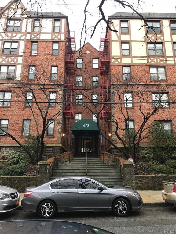 673 Locust Street 4B, Mount Vernon, NY 10552 (MLS #4805664) :: Mark Boyland Real Estate Team