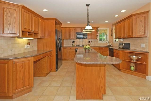 513 Hobbs, Clinton Corners, NY 12514 (MLS #4807299) :: Mark Boyland Real Estate Team