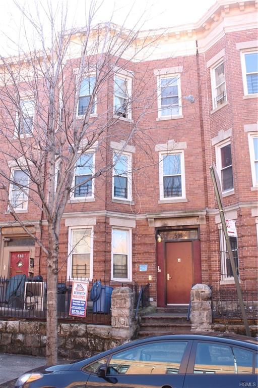 508 E 188th Street, Bronx, NY 10458 (MLS #4807325) :: Mark Boyland Real Estate Team