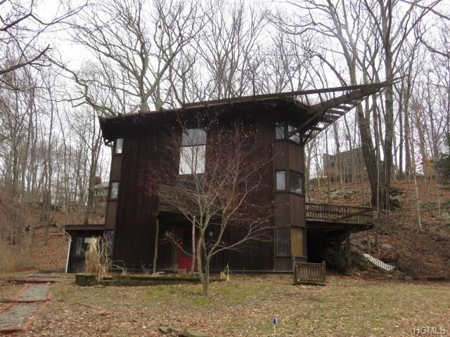 29 Lake Street, Goldens Bridge, NY 10526 (MLS #4808601) :: Mark Boyland Real Estate Team