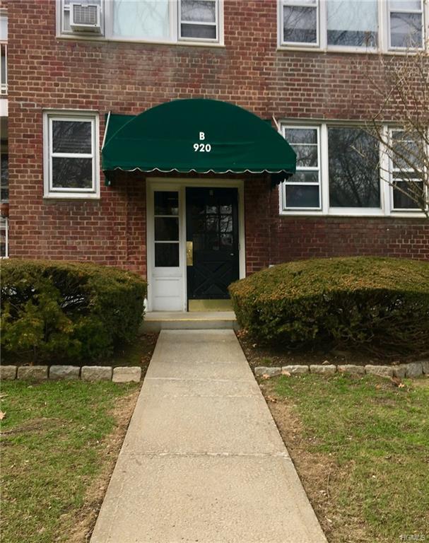 920 Pelhamdale Avenue B2h, Pelham, NY 10803 (MLS #4808722) :: William Raveis Baer & McIntosh