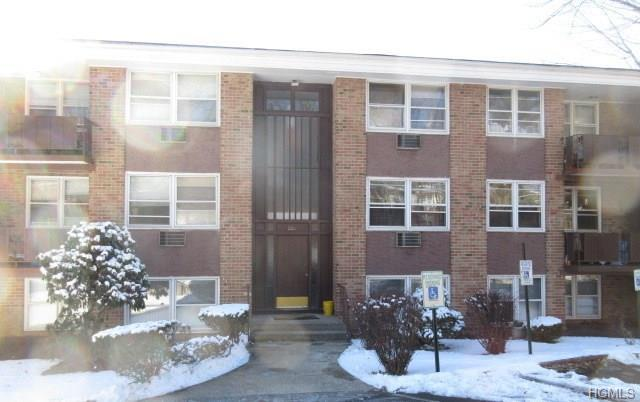 220 Kearsing Parkway E, Monsey, NY 10952 (MLS #4809587) :: Mark Seiden Real Estate Team