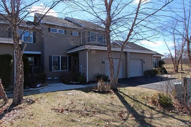 64 Rosemary Way 74B, Rhinebeck, NY 12572 (MLS #4809726) :: Mark Boyland Real Estate Team