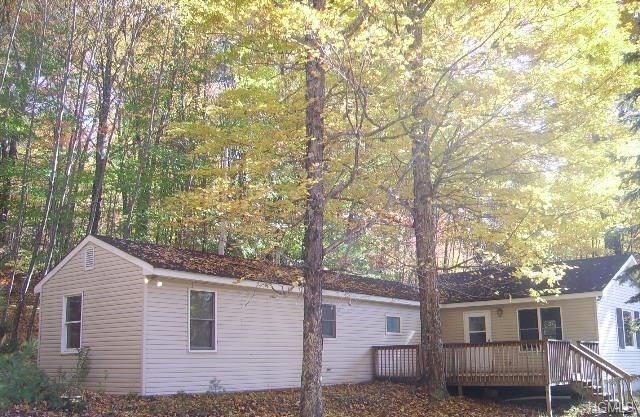89 Mcguire Road, Woodbourne, NY 12788 (MLS #4809780) :: Mark Boyland Real Estate Team