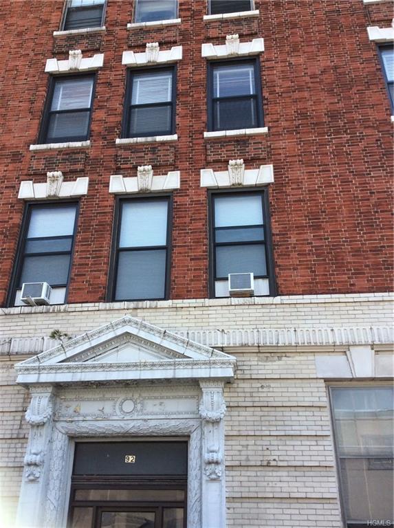 92 Hamilton Avenue 3C, Yonkers, NY 10705 (MLS #4810032) :: Mark Boyland Real Estate Team