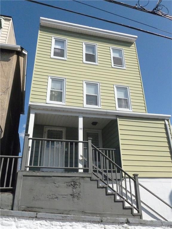 39 3rd Street, New Rochelle, NY 10801 (MLS #4810749) :: Michael Edmond Team at Keller Williams NY Realty