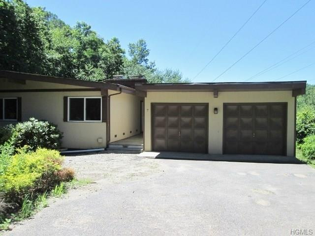 7 Rambler Road, Mahopac, NY 10541 (MLS #4812316) :: Mark Seiden Real Estate Team