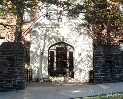 61 W Grand Street 1F, Mount Vernon, NY 10552 (MLS #4813083) :: Mark Boyland Real Estate Team
