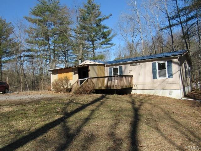 132 Academy Street, Kerhonkson, NY 12446 (MLS #4813760) :: Mark Boyland Real Estate Team