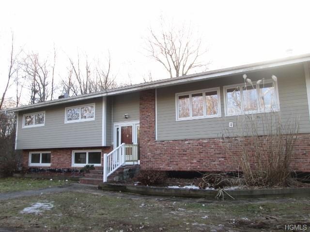 118 S Quaker Hill Road, Pawling, NY 12564 (MLS #4814974) :: Mark Boyland Real Estate Team
