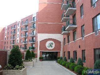 123 Mamaroneck Avenue #202, Mamaroneck, NY 10543 (MLS #4815692) :: Mark Boyland Real Estate Team