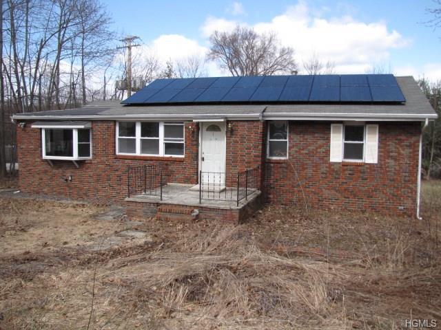1 Rosemont Road, Monroe, NY 10950 (MLS #4816635) :: Mark Boyland Real Estate Team