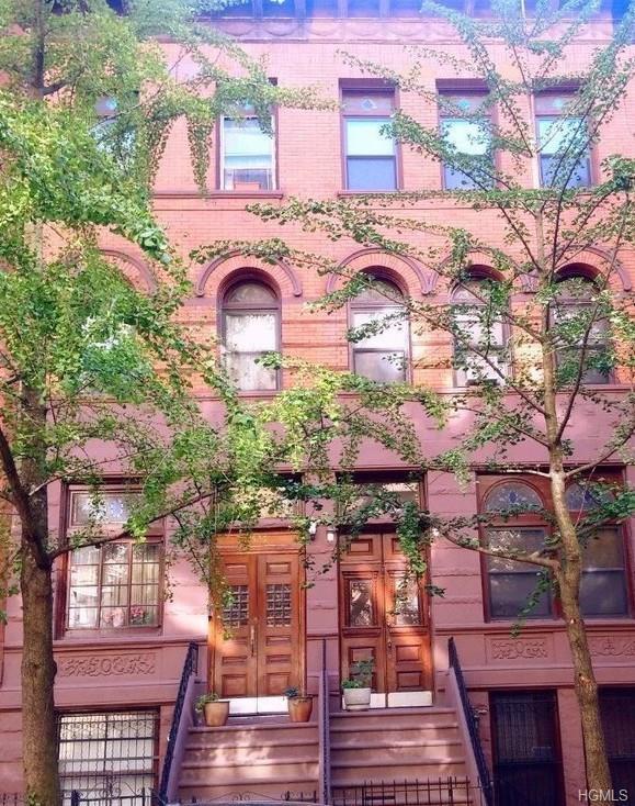 528 W 143rd Street, New York, NY 10031 (MLS #4816860) :: Mark Boyland Real Estate Team