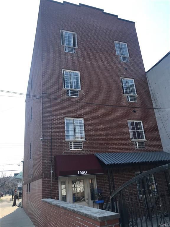 1552 Parker Street, Bronx, NY 10462 (MLS #4816993) :: Mark Boyland Real Estate Team