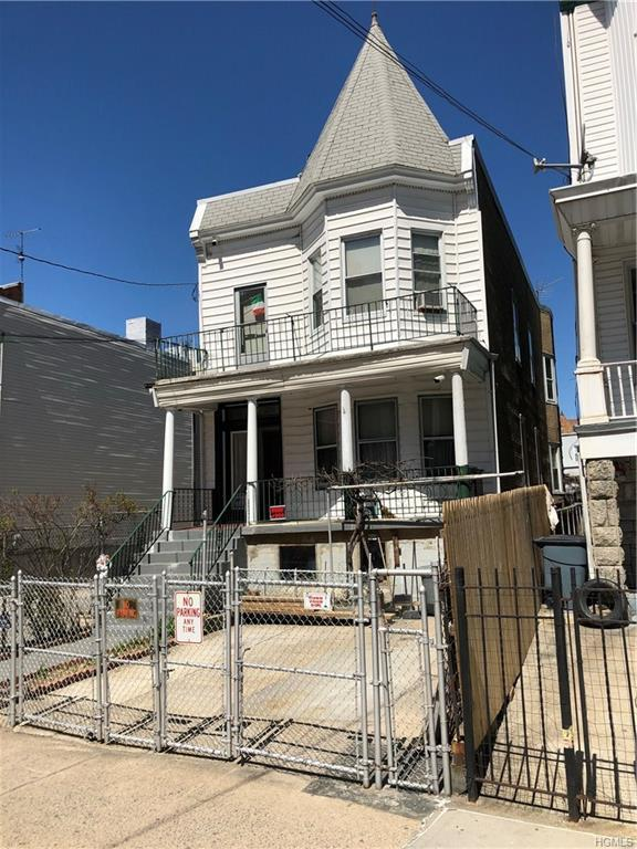 2853 Bainbridge Avenue, Bronx, NY 10458 (MLS #4817144) :: Mark Boyland Real Estate Team