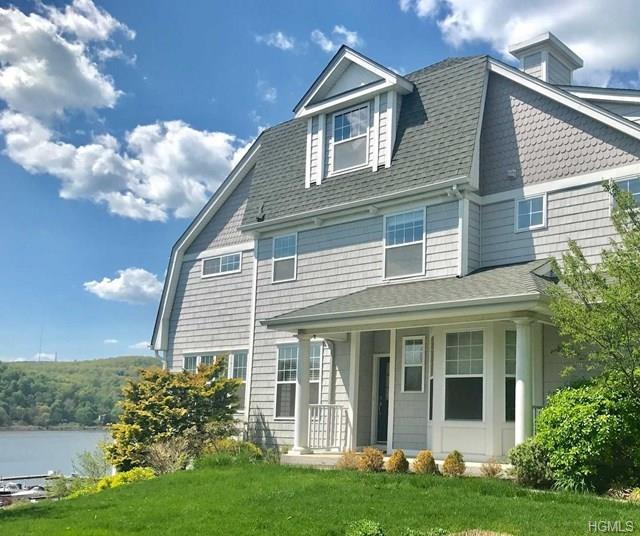 209 Riverview Drive, Poughkeepsie, NY 12601 (MLS #4821724) :: Michael Edmond Team at Keller Williams NY Realty