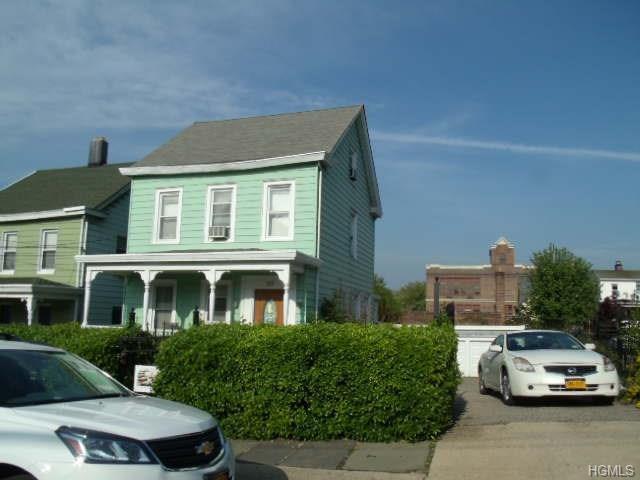 223 N 6th Avenue, Mount Vernon, NY 10550 (MLS #4822478) :: Mark Boyland Real Estate Team
