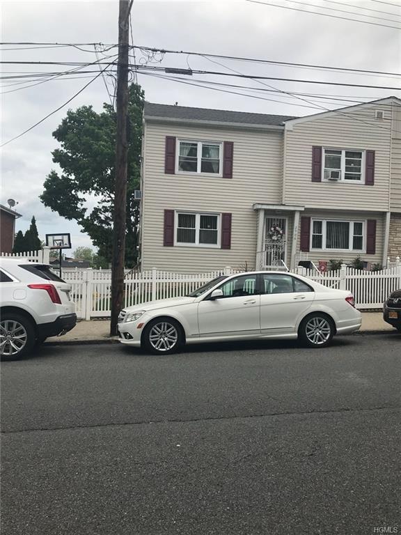 2906 Yates Avenue, Bronx, NY 10469 (MLS #4823393) :: Stevens Realty Group