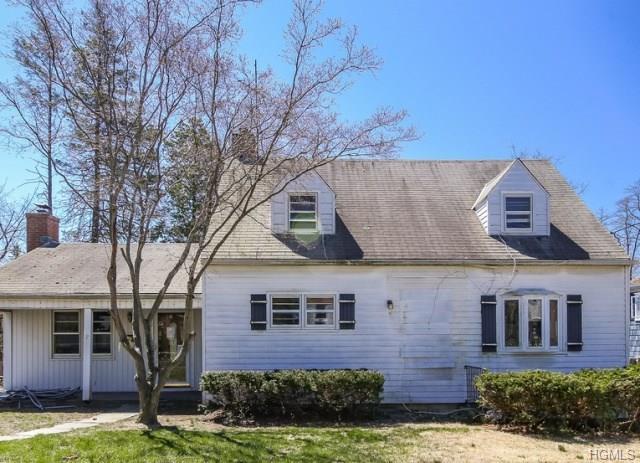 9 Buffington Place, Bronxville, NY 10708 (MLS #4823747) :: Mark Boyland Real Estate Team