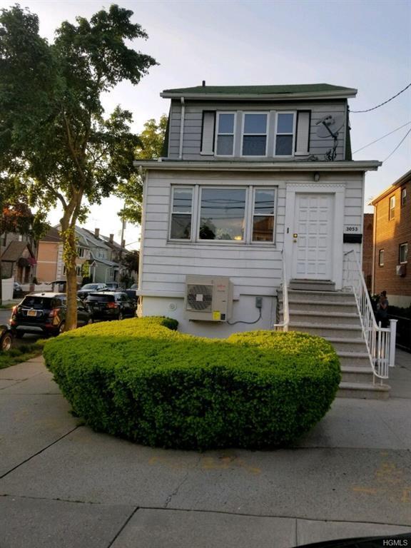 3053 Coddington Avenue, Bronx, NY 10461 (MLS #4823752) :: William Raveis Legends Realty Group