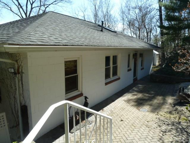 104 Blueberry Hill, Greenwood Lake, NY 10925 (MLS #4823754) :: The Anthony G Team