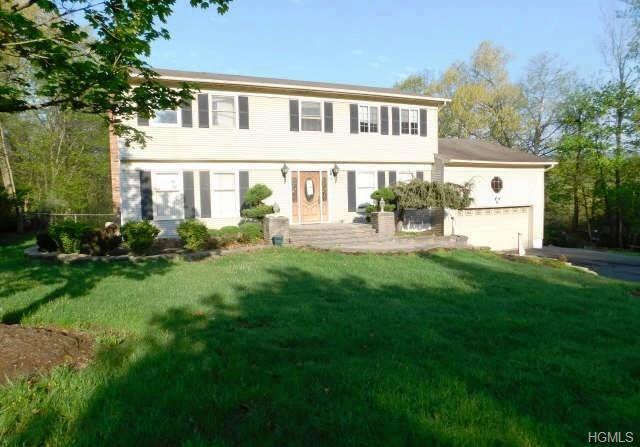 42 Riverglen Drive, Thiells, NY 10984 (MLS #4823763) :: Mark Boyland Real Estate Team