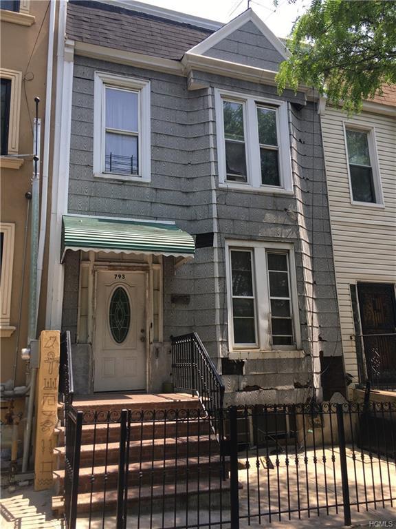 793 E 169th Street, Bronx, NY 10456 (MLS #4824030) :: Mark Boyland Real Estate Team